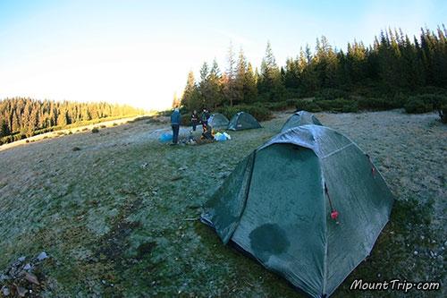 Лагерь в походе по Карпатам